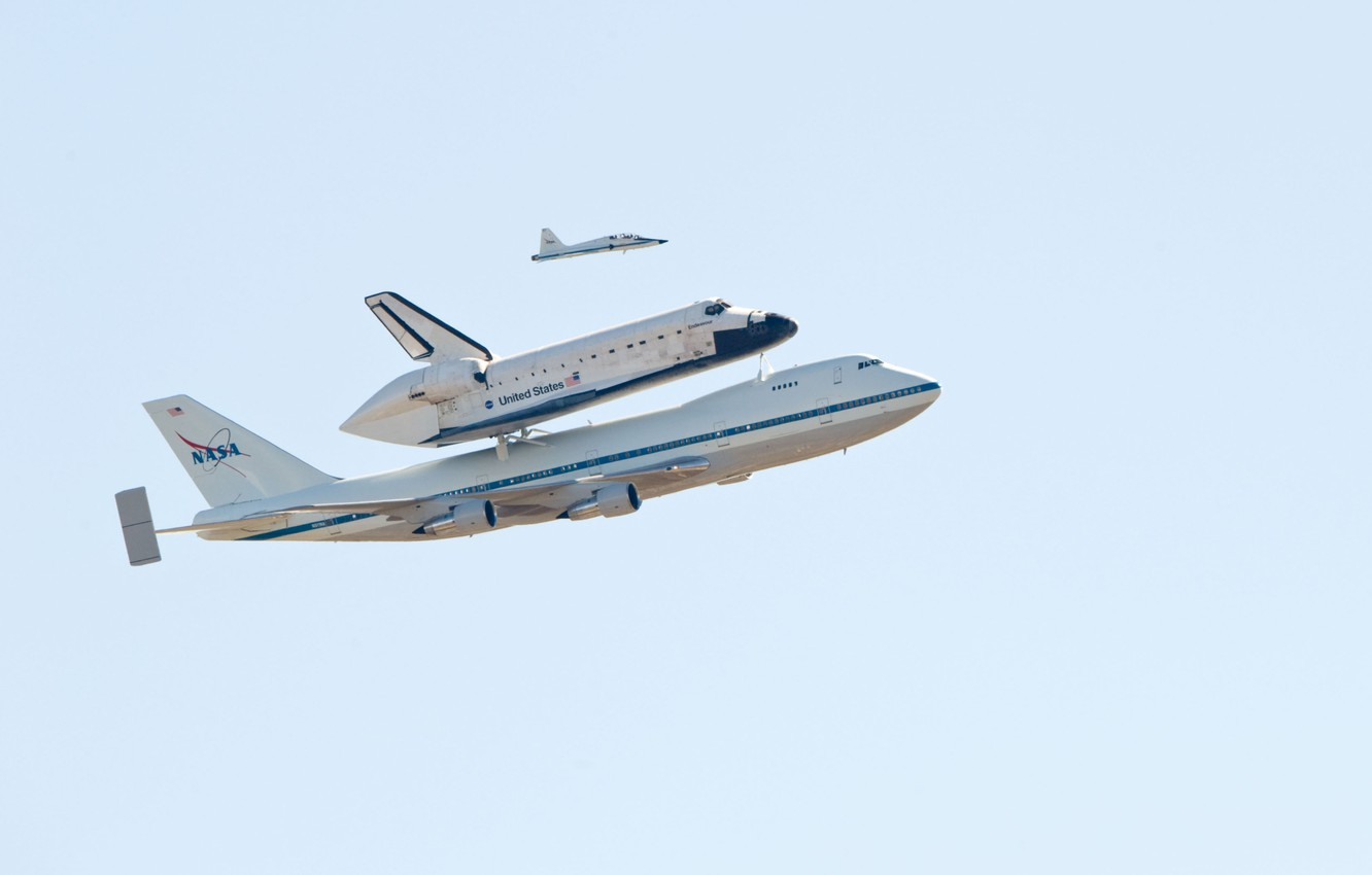 Photo wallpaper The sky, The plane, Flight, Boeing, NASA, Boeing, 747, NASA, Shuttle, Endeavour, Endeavour