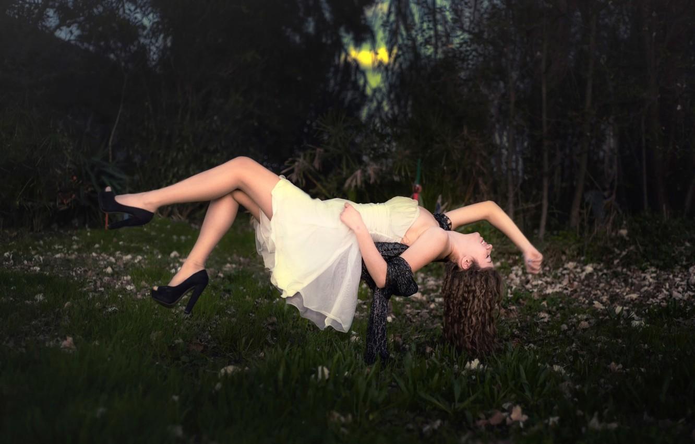 Photo wallpaper girl, flowers, dress, levitation, Dream