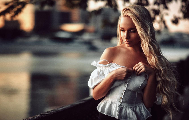 Photo wallpaper girl, face, city, sweetheart, model, portrait, blonde, railings, light, shirt, beautiful, shoulders, sunset, young, water, …