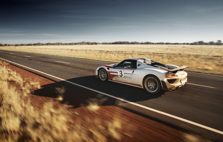 Photo wallpaper supercar, in motion, Spyder, Porsche 918
