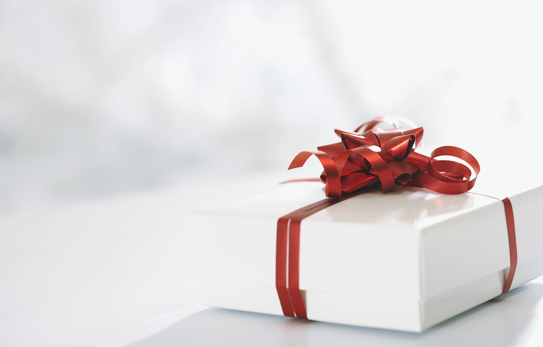 Photo wallpaper red, holiday, gift, white, bow, ribbon, box