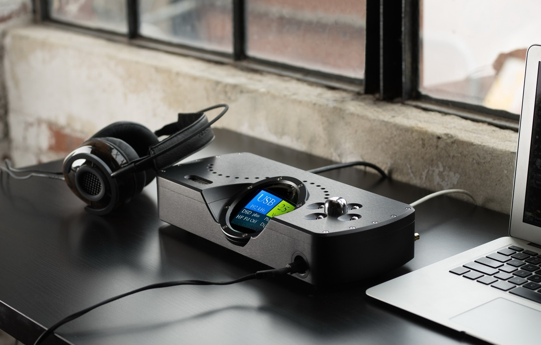 Photo wallpaper background, Headphone, Chord Electronics