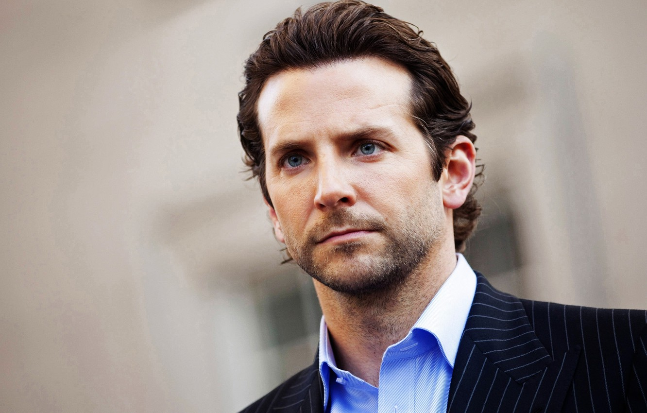 Photo wallpaper costume, actor, handsome, Bradley Cooper, region of darkness, Bradley Cooper
