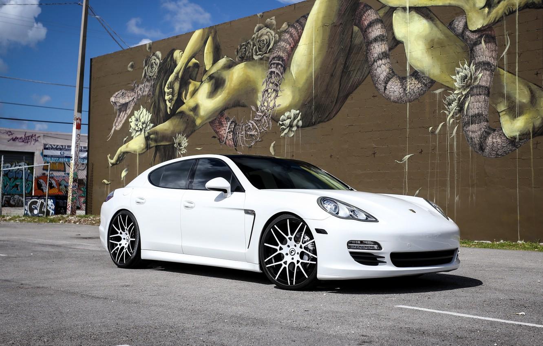 Photo wallpaper Porsche, Panamera, graffiti