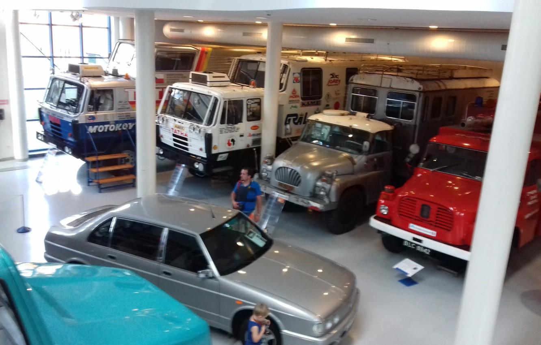 Photo wallpaper car, vintage, big, old, truck, trucks, museum, Tatra
