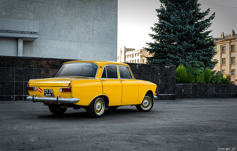 Photo wallpaper yellow, car, 412, Muscovite, AZLK, Mosa