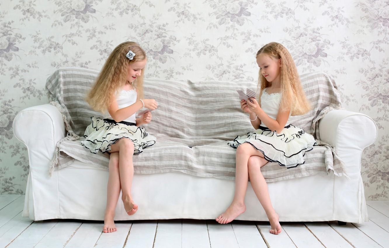 Photo wallpaper card, children, girls, the game