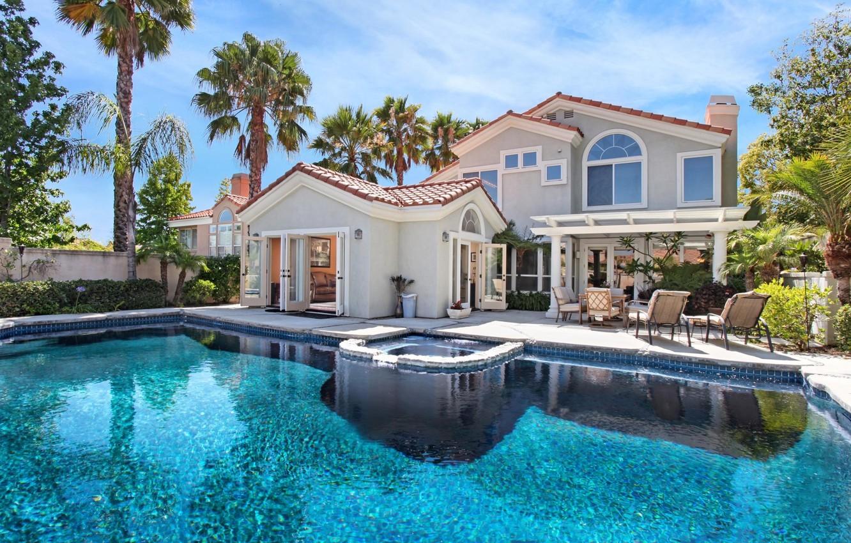Photo wallpaper house, palm trees, Villa, pool, sun loungers