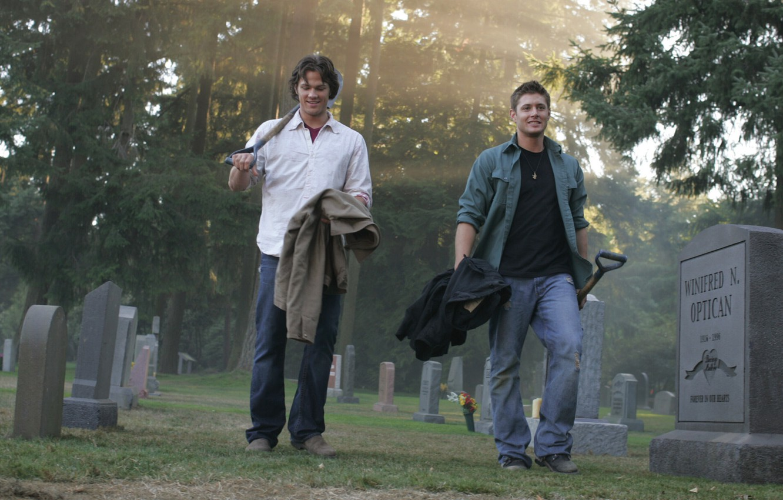 Photo wallpaper smile, cemetery, the series, guys, men, supernatural, Sam, supernatural, Dean, jensen ackles, Jensen ackles, over …