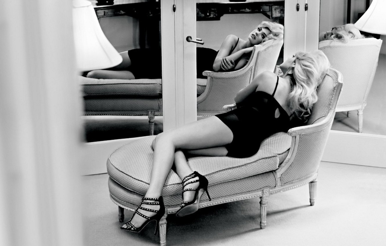 Wallpaper Model Chair Dress Mirror Blonde Shoes Lies Black