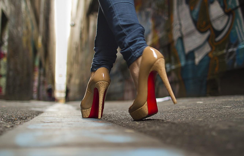 Photo wallpaper macro, street, shoes, boots, shoes, boots, platform