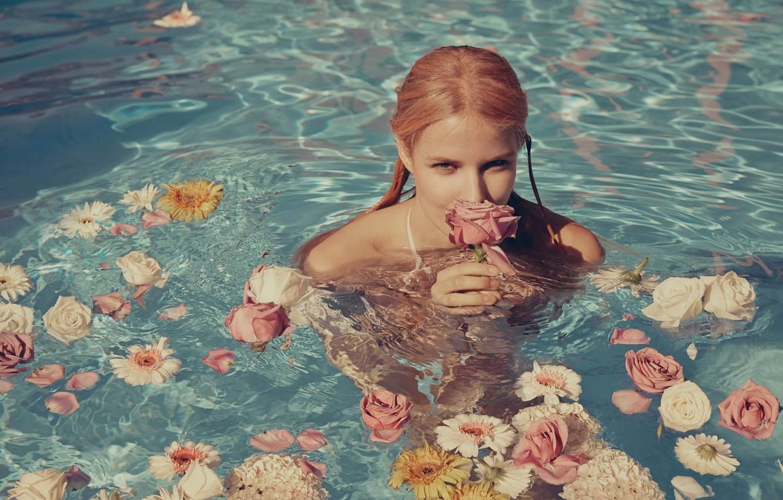 Photo wallpaper water, girl, flowers, face, sexy, background, model, sexy, beauty, Alena Blohm, Alena Blohm