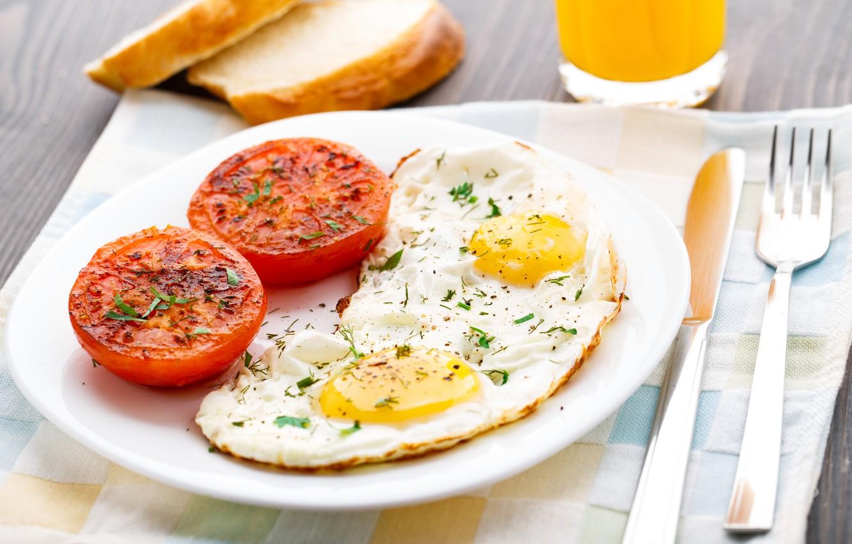 Photo wallpaper Breakfast, scrambled eggs, Breakfast, spices, seasoning, scrambled eggs, sliced tomatoes, sliced tomatoes