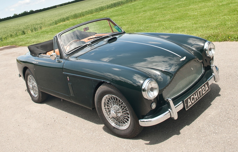 Photo wallpaper road, field, Aston Martin, green, classic, the front, 1957, DB2/4, Drophead Coupe, Aston Martin.ДБ2/4