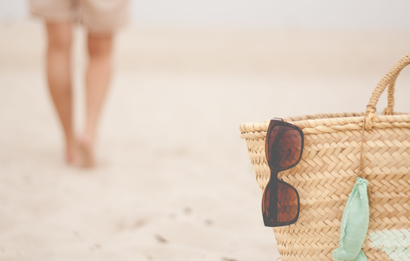Photo wallpaper summer, beach, glasses, basket, person
