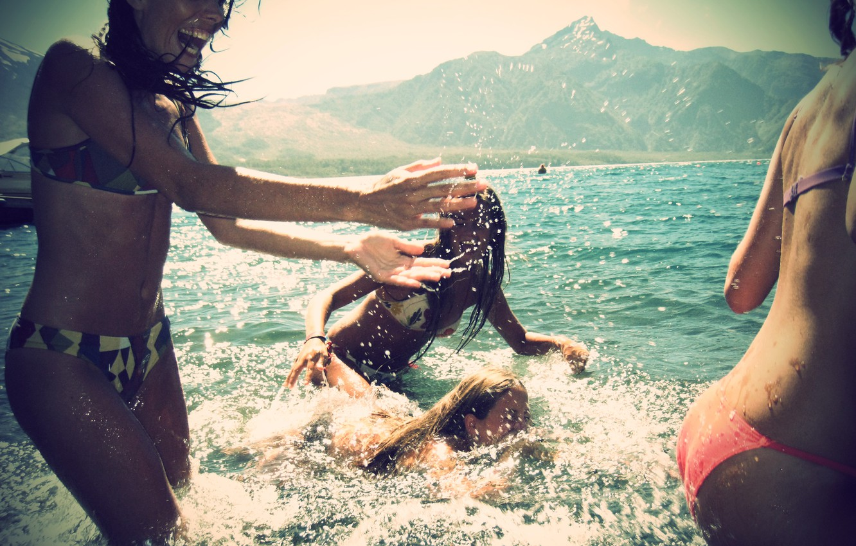 Photo wallpaper sea, summer, squirt, smile, fun