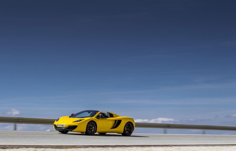 Photo wallpaper yellow, movement, spider, McLaren, Mclaren MP4-12C