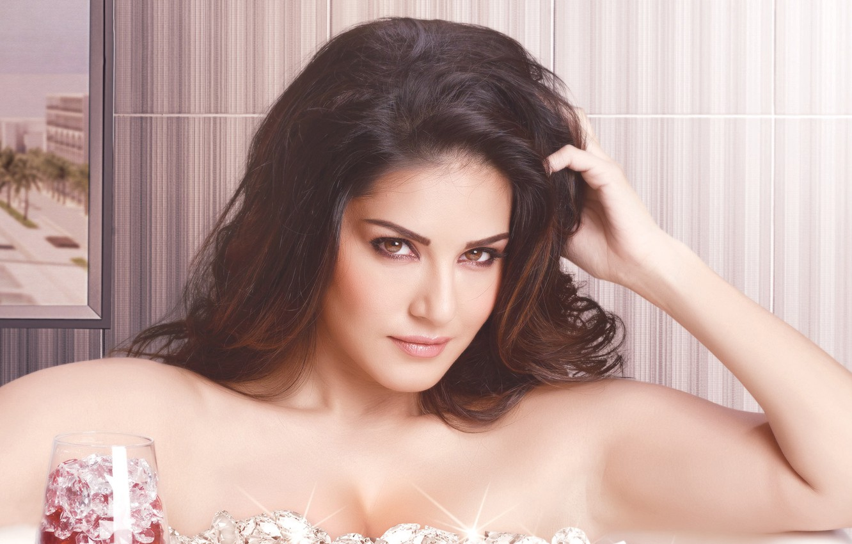 Photo wallpaper girl, sexy, Sunny Leone, eyes, smile, beautiful, model, pretty, beauty, lips, hair, brunette, pose, cute, …