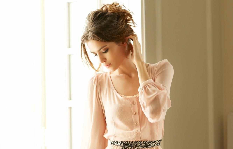 Photo wallpaper look, girl, room, model, hair, window, Renata Sozzi