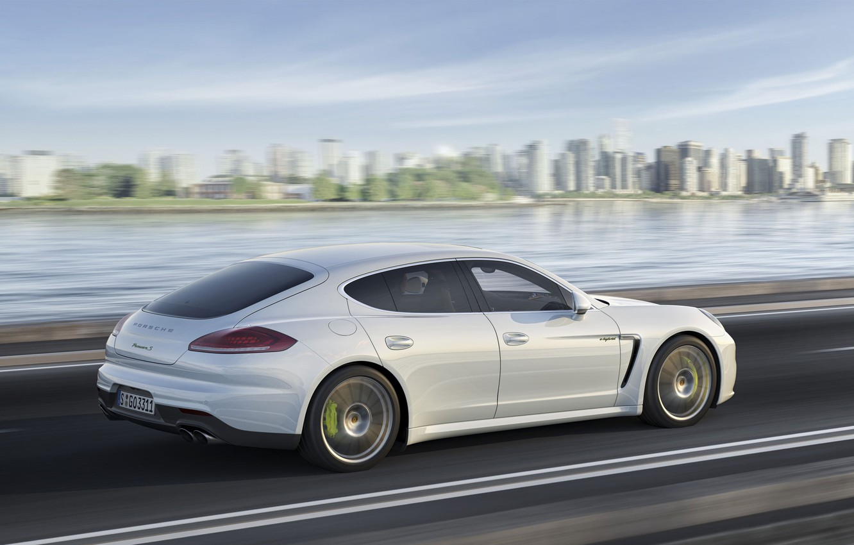 Photo wallpaper Auto, The city, White, Porsche, Panamera, Day, Side view, E-Hybrid