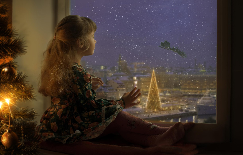 Photo wallpaper holiday, window, girl, waiting