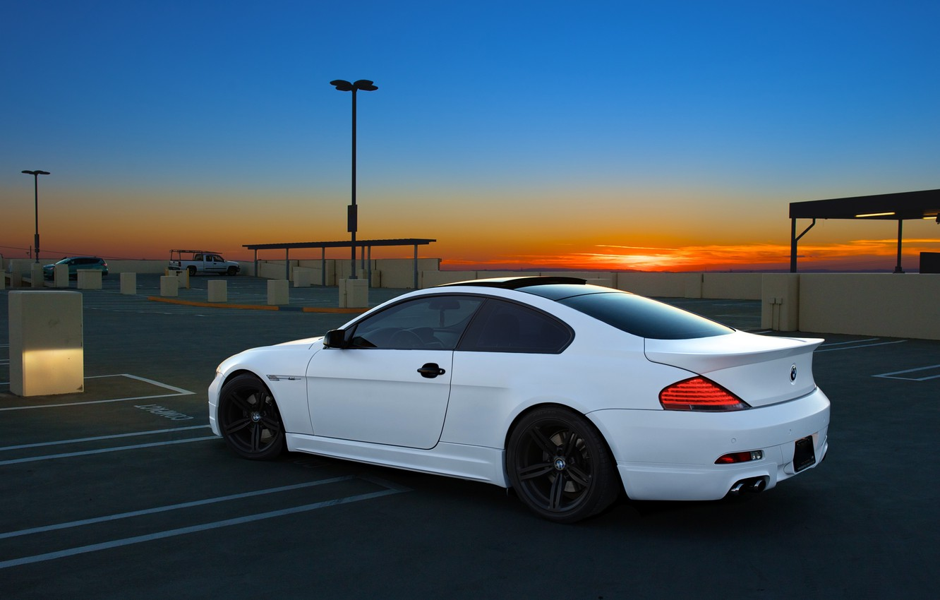Photo wallpaper white, the sky, sunset, bmw, BMW, Parking, white, side view, sunset, parking, e63