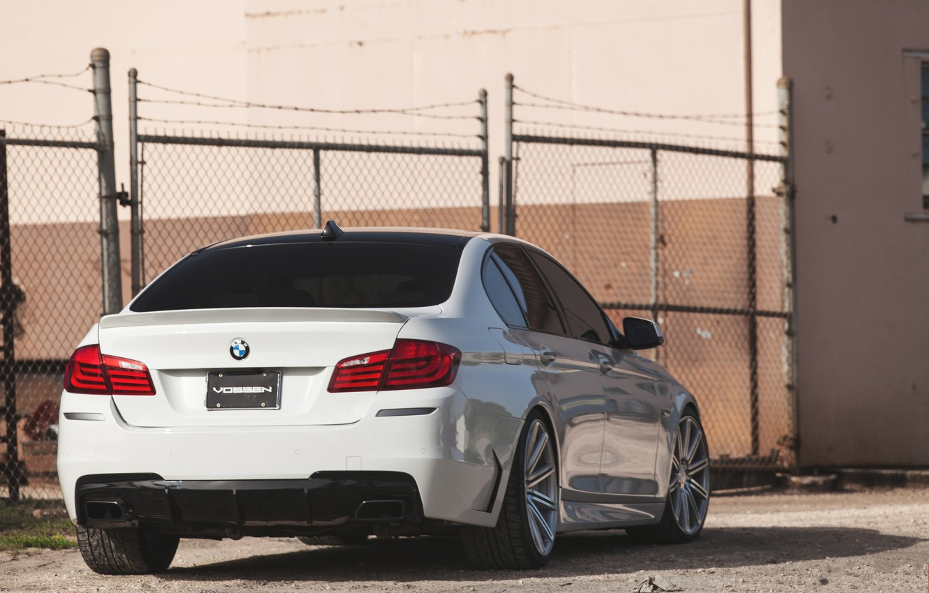 Photo wallpaper white, bmw, BMW, the fence, white, back, f10, tinted, 550i