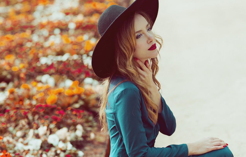 Photo wallpaper look, girl, face, style, hair, hat, dress, lipstick, coat