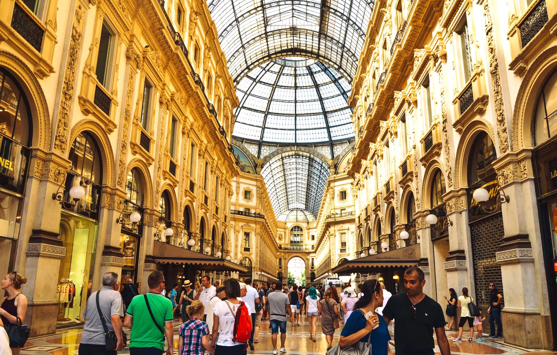 Photo wallpaper Italy, Milan, shopping