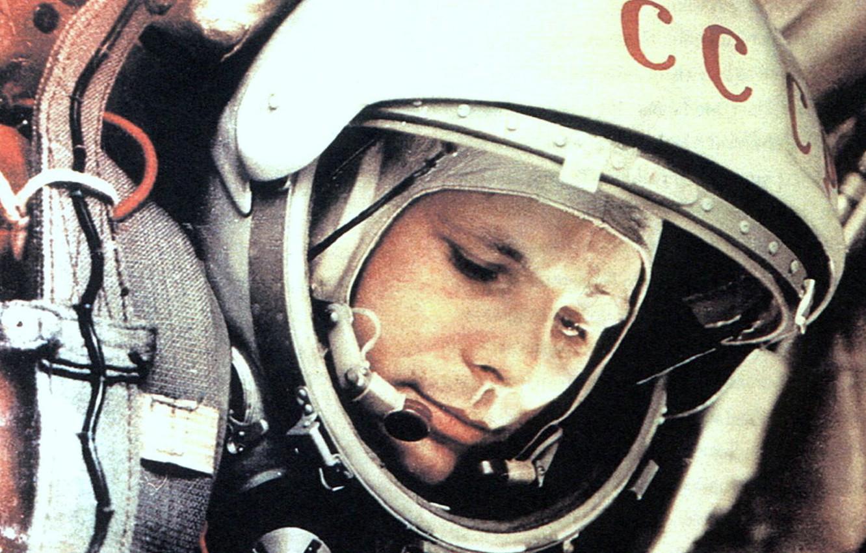 Photo wallpaper the suit, Gagarin, first kosmonaft