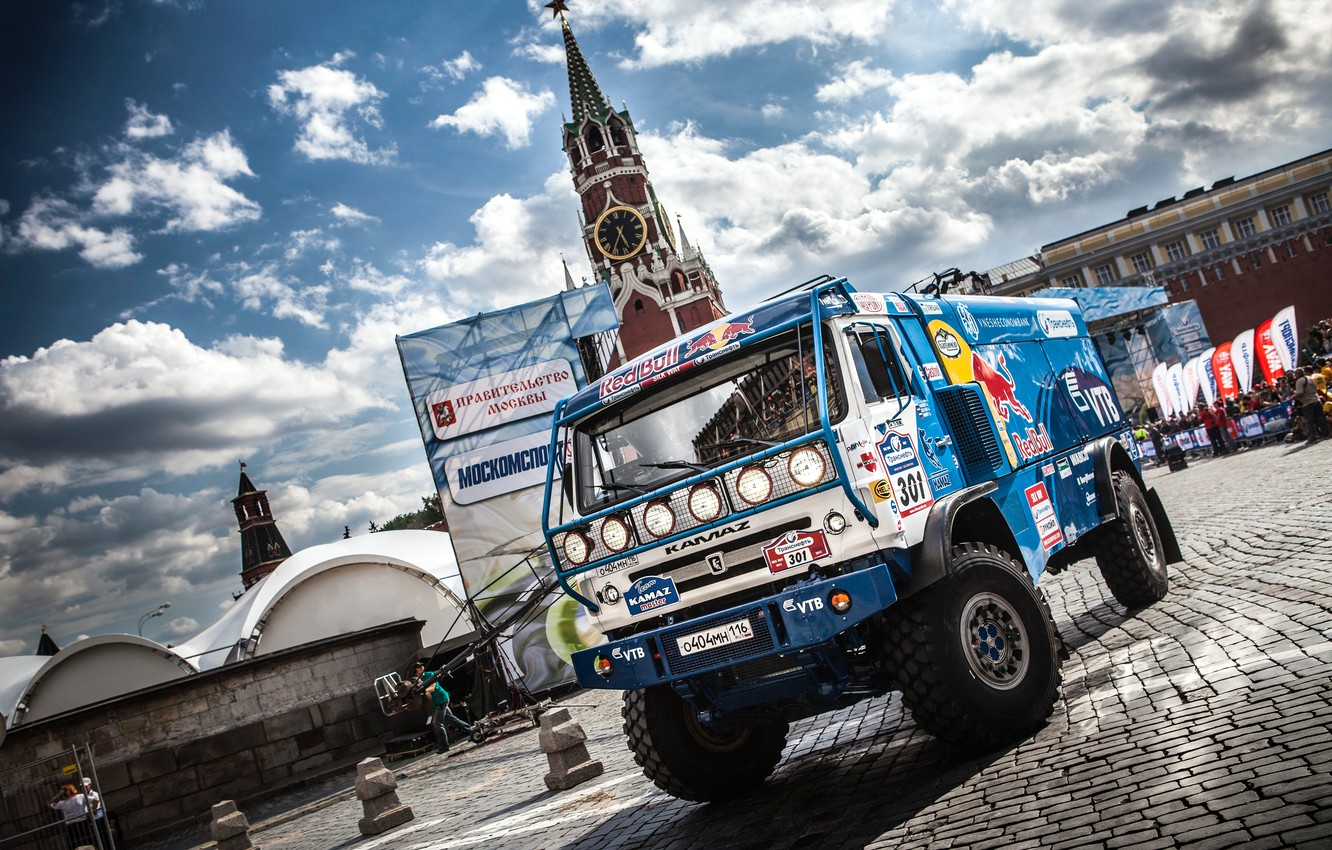 Photo wallpaper machine, The sky, Clouds, Auto, Blue, The city, Sport, Truck, Pavers, Day, Moscow, Red Bull, …