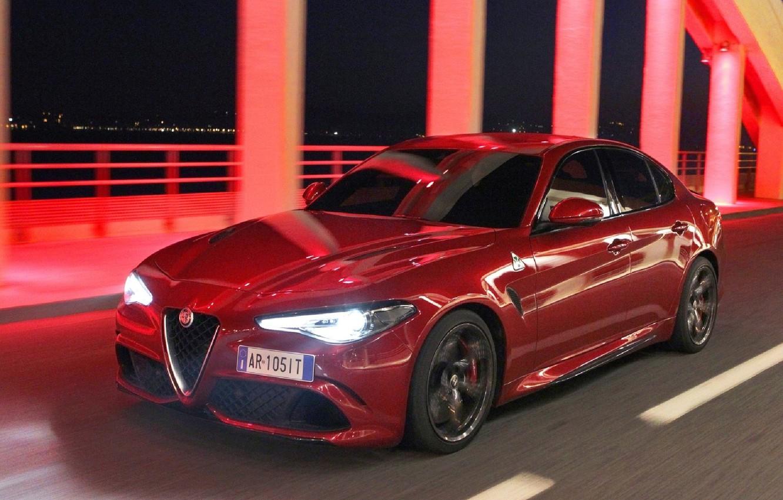 Photo wallpaper Alfa Romeo, Four-leaf clover, Giulia