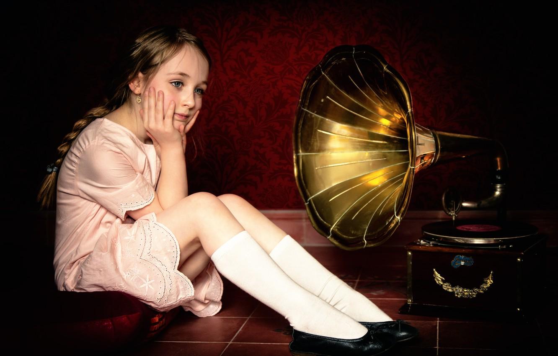 Photo wallpaper girl, record, gramophone