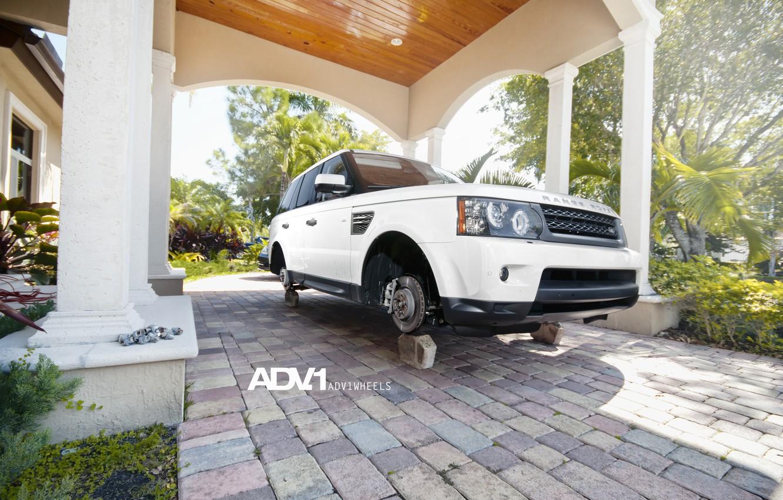 Photo wallpaper white, white, Land Rover, Range Rover, bolts, on bricks, range Rover, WHEELS, land Rover, ADV …
