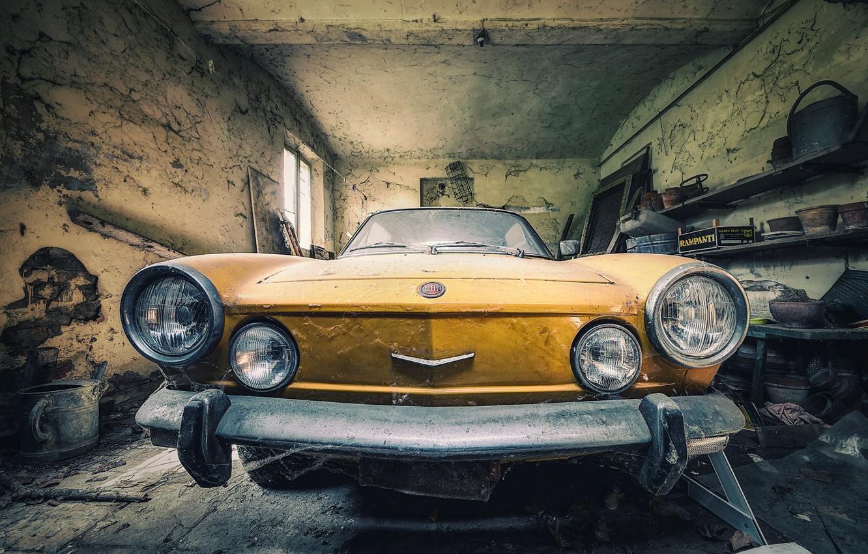 Photo wallpaper machine, garage, scrap, Fiat