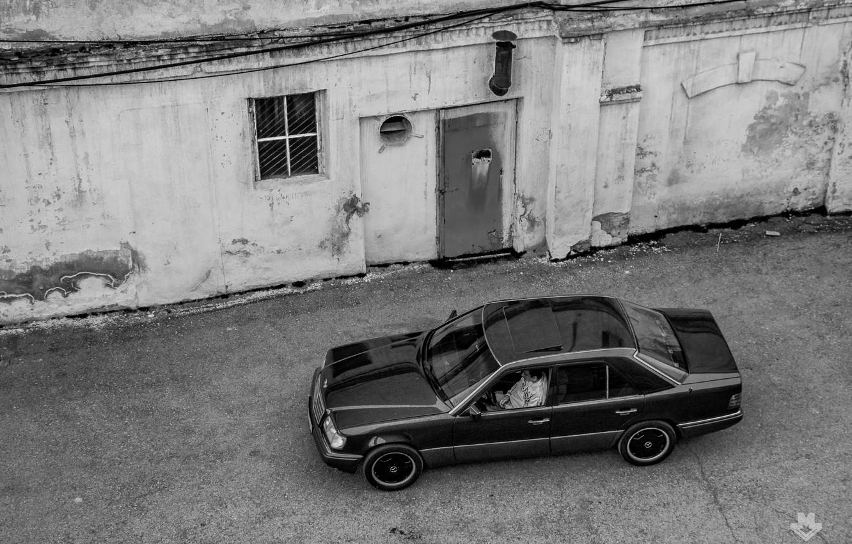 Photo wallpaper mercedes, Mercedes, w124