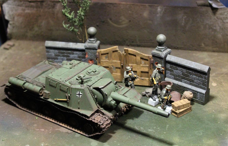 Photo wallpaper toy, installation, soldiers, ISU-152, model, self-
