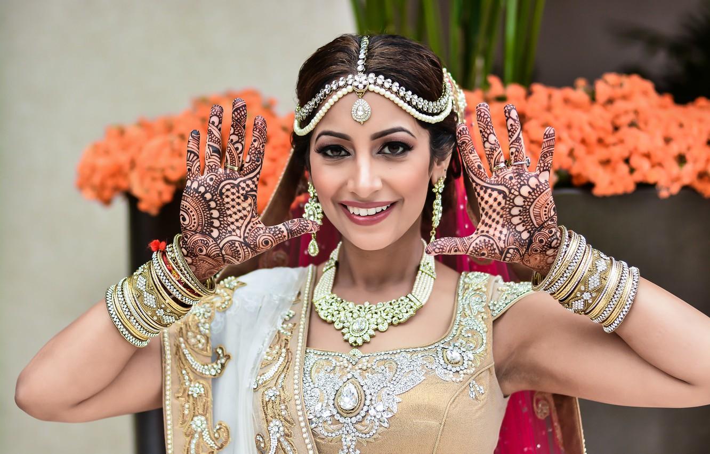 Wallpaper Girl Bride Smiling Indian Wedding Makeup Hands Up Indian Wedding Images For Desktop Section Devushki Download