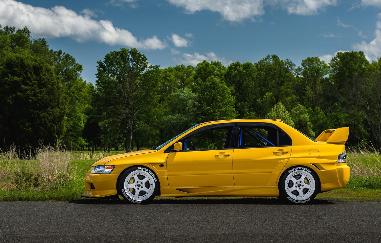 Photo wallpaper Mitsubishi, Lancer, Evo, Yellow