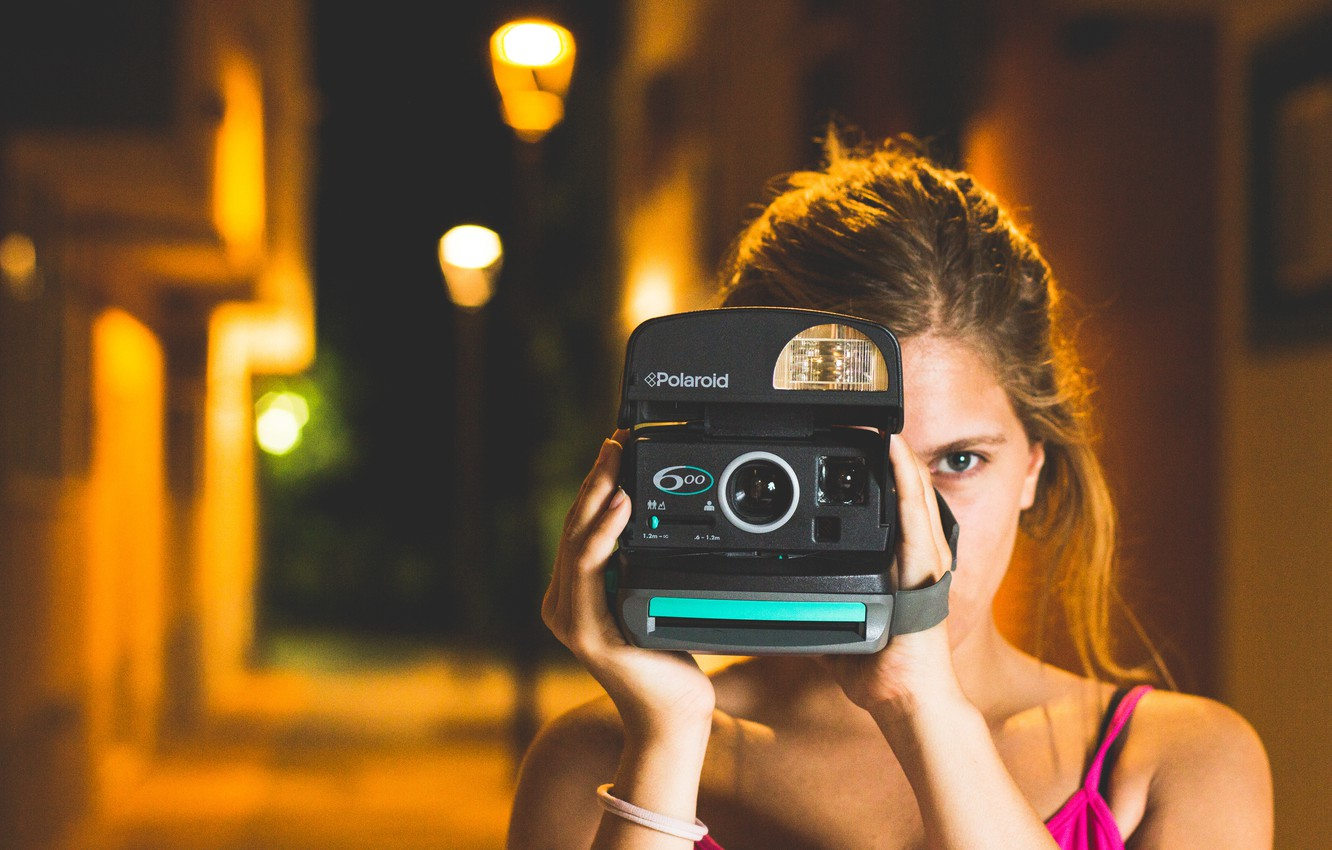 Photo wallpaper girl, eyes, camera, the camera, photographs, relieves
