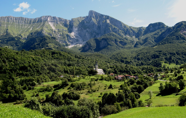 Photo wallpaper mountains, valley, village, Slovenia, Dreznica village