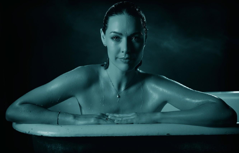 Photo wallpaper actress, bath, Louise Griffiths