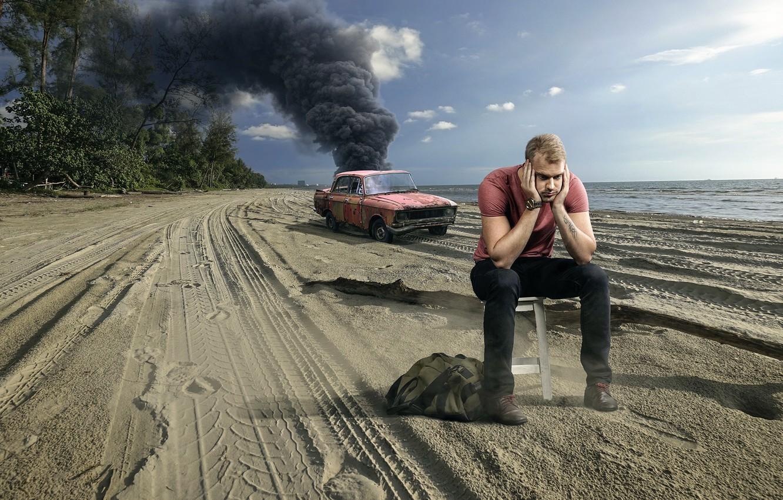 Фото обои авария, пляж, дым, парень, машина