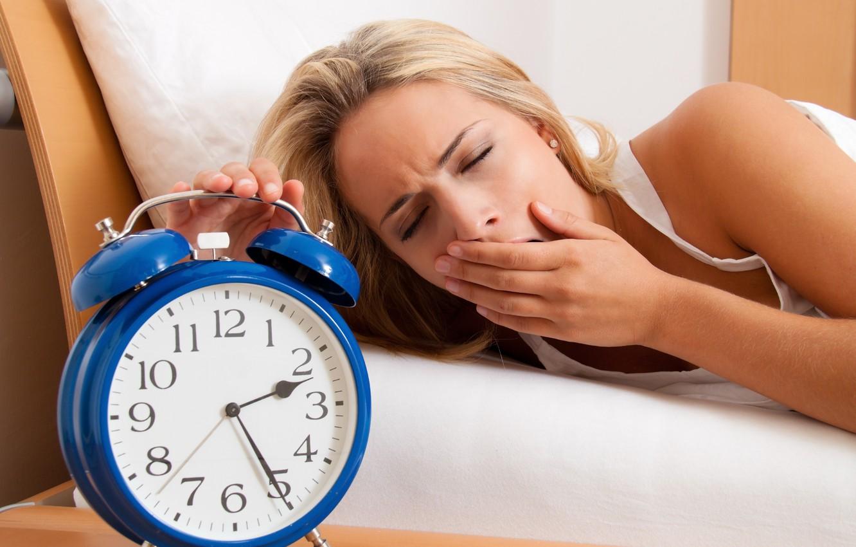 Photo wallpaper sleeping, sleepy, retro alarm clock