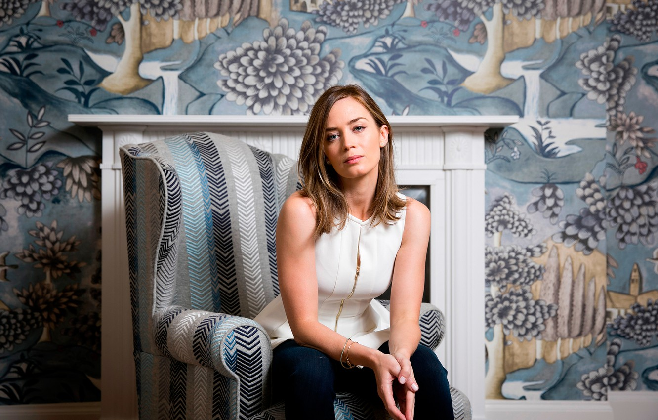 Wallpaper Emily Blunt Edge Of Tomorrow Photocall For The Film