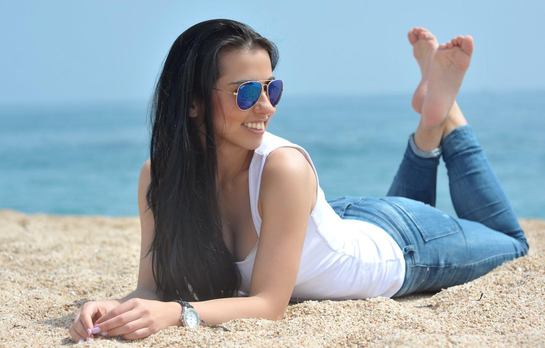 Photo wallpaper sand, sea, smile, hair, jeans, beauty, sunglasses, Zarina, Zarina