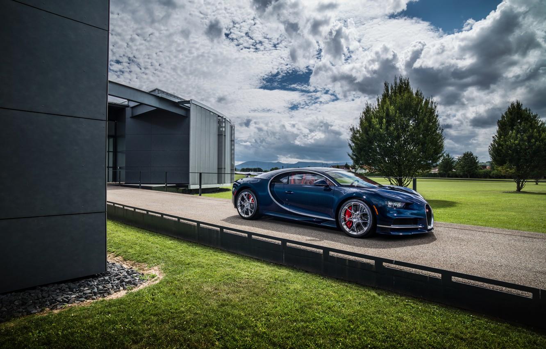 Photo wallpaper car, Bugatti, car, Bugatti, sky, trees, Chiron, Chiron