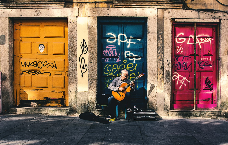Photo wallpaper guitar, musician, doors