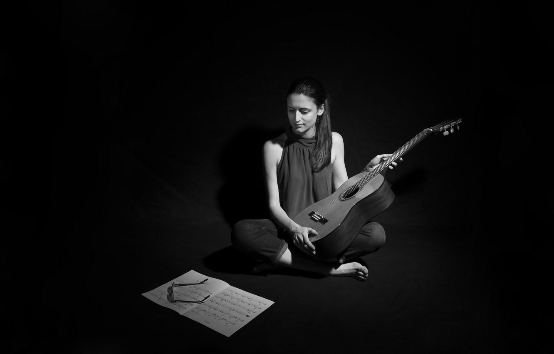 Photo wallpaper girl, notes, music, guitar