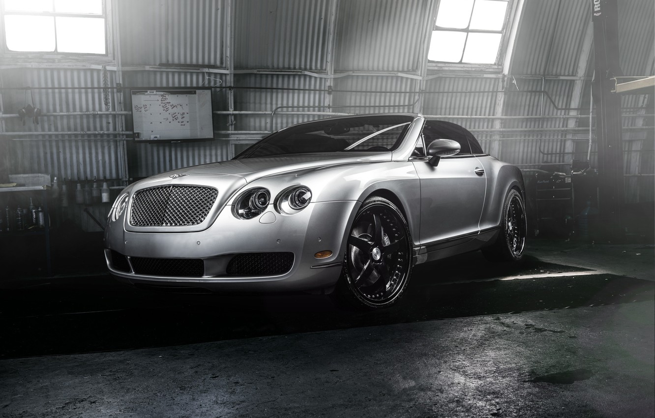 Photo wallpaper Bentley, Continental, Car, Front, Forged, GTC, Silver, Wheels, Strasse